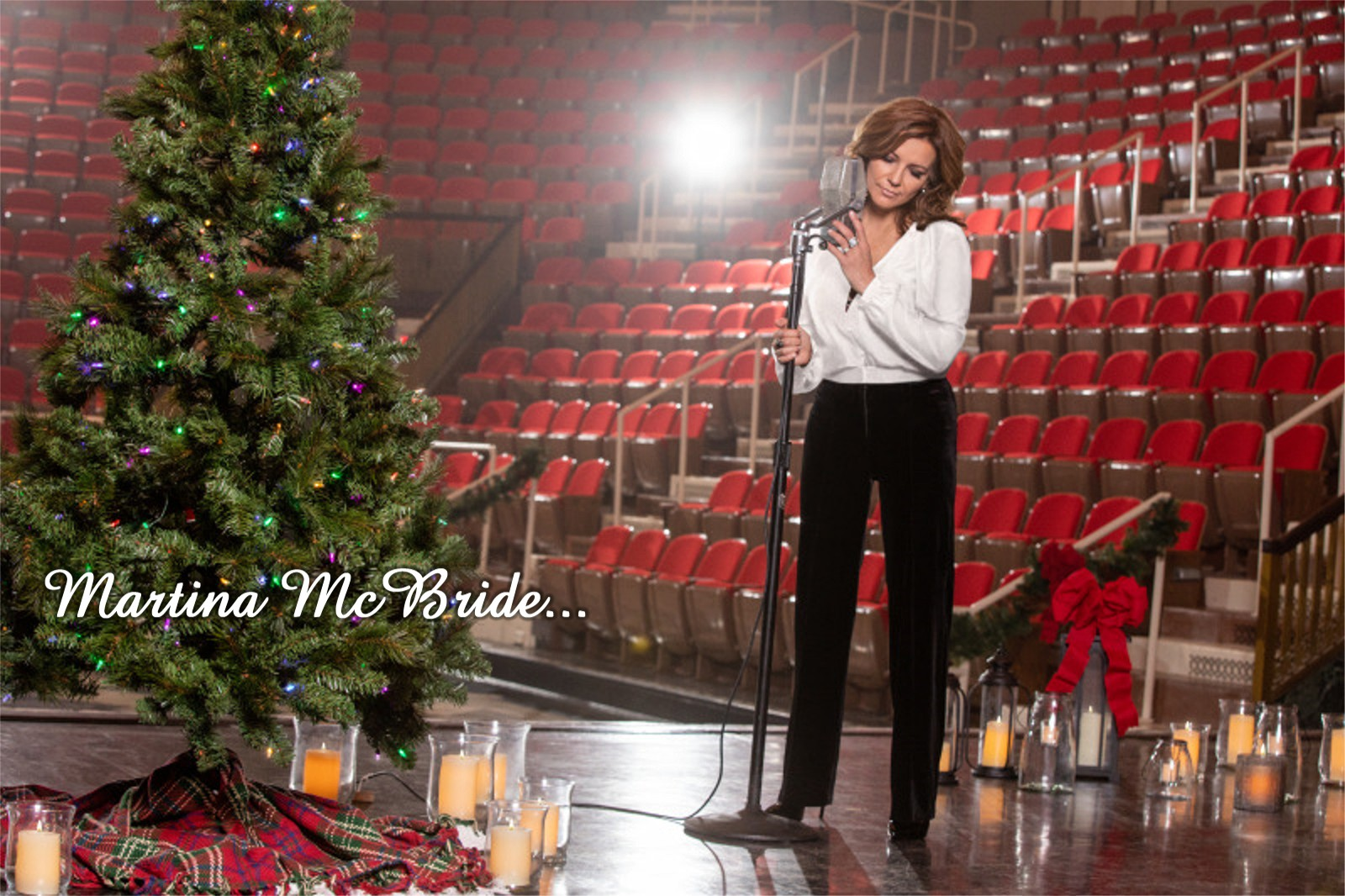 Strictly Country Magazine Martina McBride Christmas title