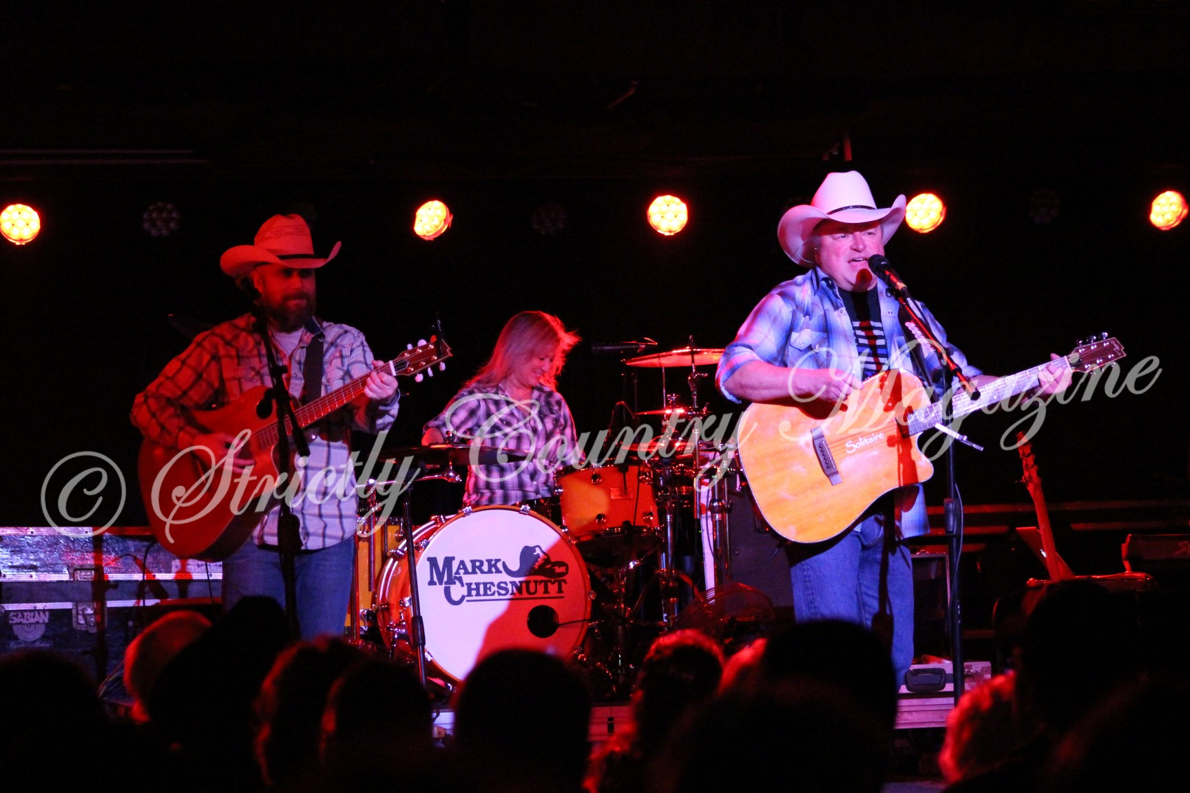 Strictly Country Magazine Mark Chesnutt October 6, 2017 performance