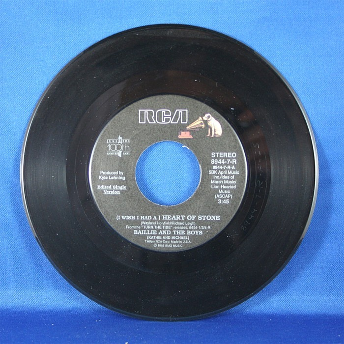 """Baillie & The Boys - 45 LP """"Heartache In Motion"""" & """"(I Wish I Had A) Heart of Stone"""""""