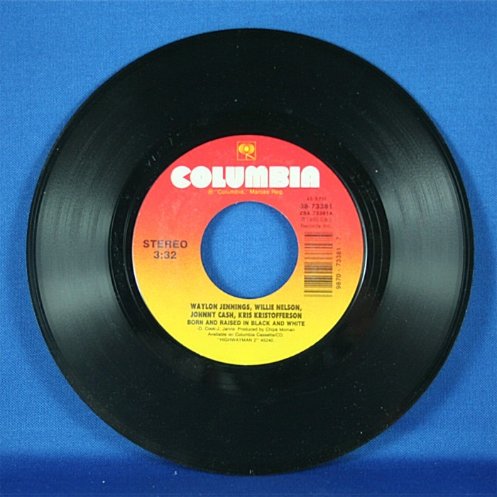 """Highwaymen - 45 LP """"Born And Raised In Black And White"""" & """"Texas"""""""