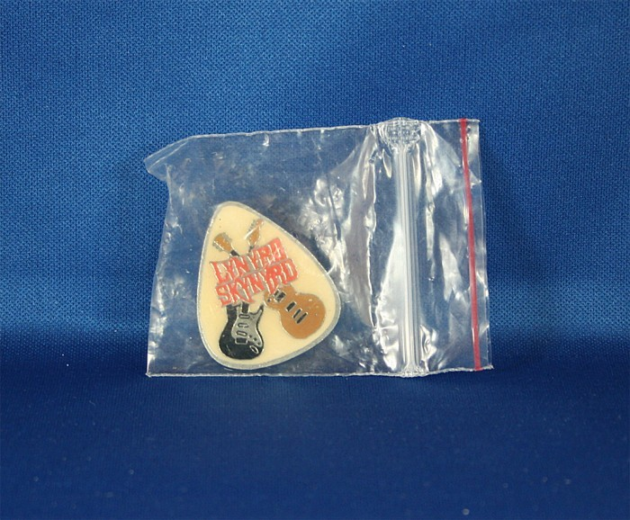 Lynyrd Skynyrd - lapel pin