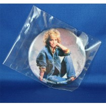 Barbara Mandrell - pin BMIFC jeans