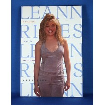 """LeAnn Rimes - book """"LeAnn Rimes A Biography In Words And Pictures"""" by Mark Bego"""