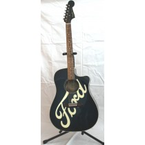 Toby Keith – Fender acoustic / electric Sonoran SC BB six-string Guitar