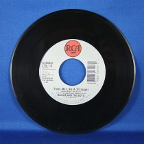 "Baillie & The Boys - 45 LP ""Treat Me Like A Stranger"" & ""I'd Love To"""