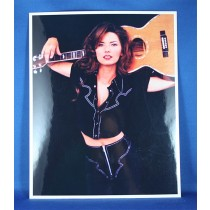 Shania Twain - 8x10 color photograph with guitar